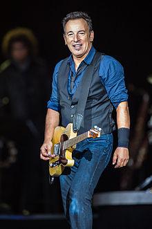 220px-Bruce_Springsteen_-_Roskilde_Festival_2012